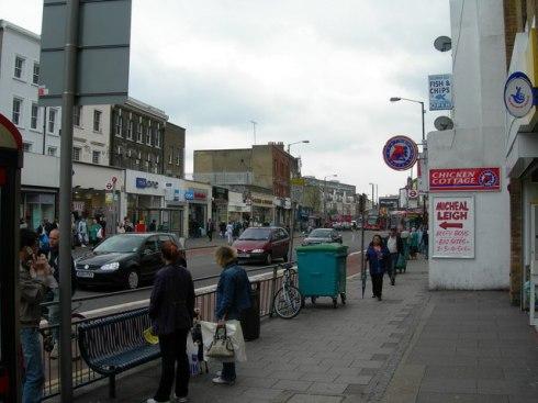 Old Walworth Road - Narrow Pavements