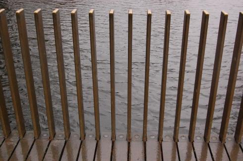 Kew Gardens Lake Bridge - Sackler Crossing - Posts 'Vanish'