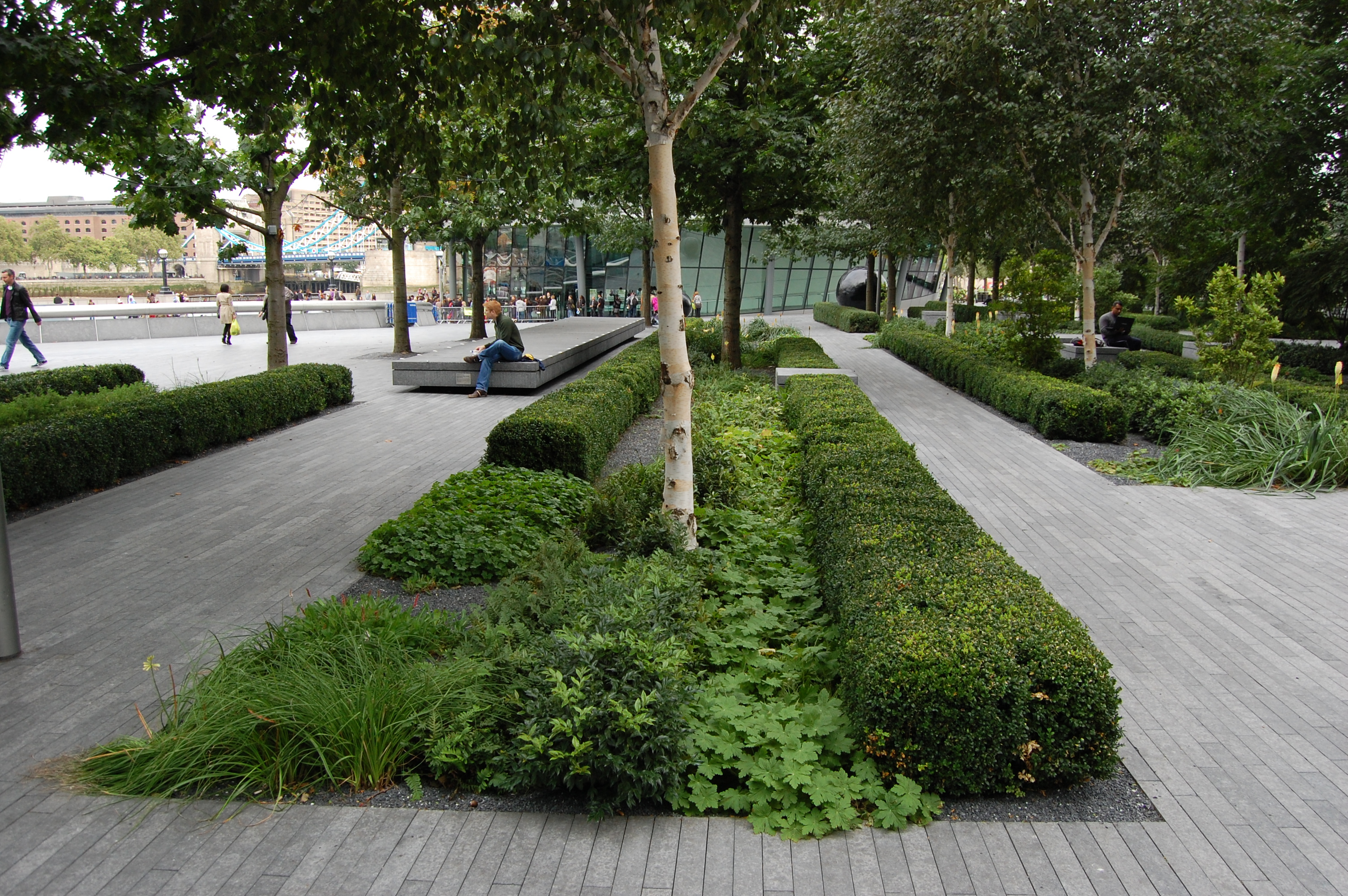 More london london public realm landscape architect 39 s for Landscape design london